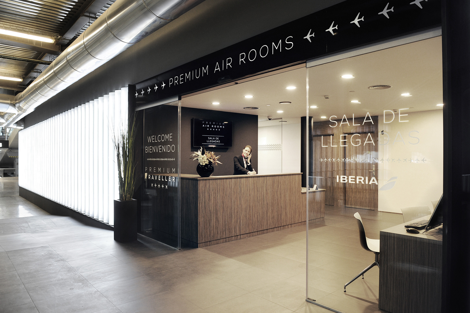 AIR ROOMS T4 MAD UP TO YOU STUDIO AIRPORT HOSPITALITY & LEISURE INTERIOR DESIGN